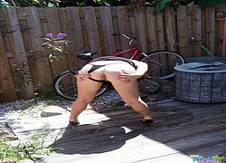 kinky milf flashing outside